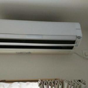 エアコンが、、、