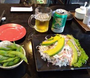 ローカル寿司屋は、メニューが豊富。