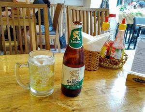ビールは、75円で飲めます。
