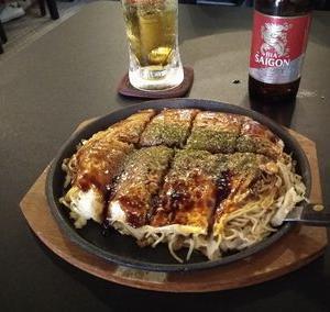ムテキで、広島お好み焼き。