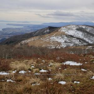 冬山と湖 ~大谷山~
