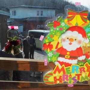 カフェ・デ・モンクえりものクリスマス=「ケーキ作り選手権」と「都道府県ビンゴ」