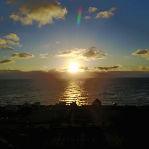 日本最北の岬=宗谷岬の風に