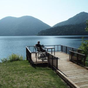 夏休み小旅行(3)~然別湖の遊覧船に乗船=面白い船頭さん(船長)に逢う