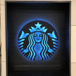新世界百貨のスタバのロゴ(*^o^*)