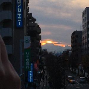 東久留米富士見テラスからのダイヤモンド富士