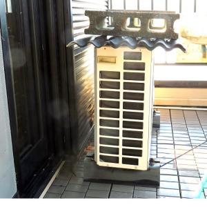 2階のエアコン上のブロックが暑い