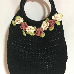 かぎ針編み ホビーラホビーレの糸でお花着きバッグ
