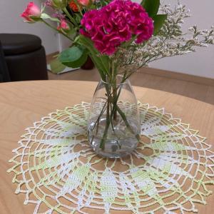 お家のインテリアに、刺しゅう・編み物作品