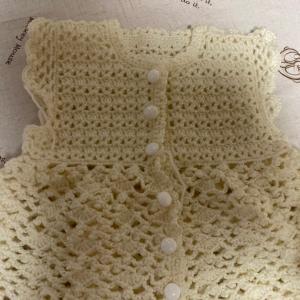編み物教室 オフホワイトベビー服が、編み上がった生徒さん