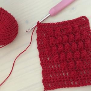 編み物教室 長編みとパップコーン編みでハート模様