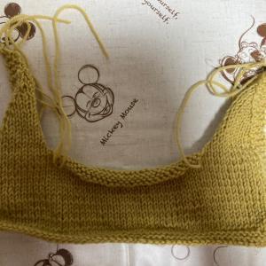 編み物教室 土曜日レッスン 衿部分が、完成