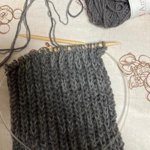 編み物教室 棒針編み2本取りでマフラー作り