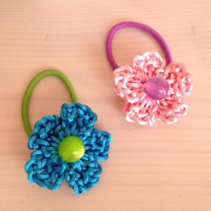 編み物教室 お花の髪留め