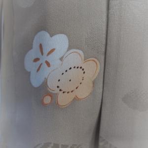 ミルクティー色のアンティークの羽織