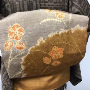 絞りの小花紬地名古屋帯のコーディネート