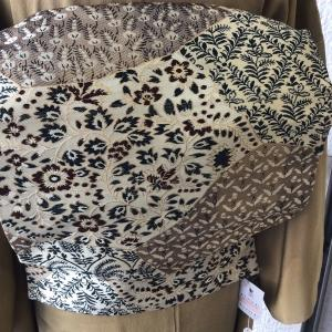 扇面のアンティーク色留袖