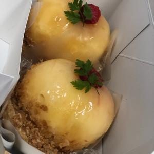 桃様の丸ごとケーキ