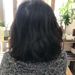 くせ毛のカットが得意な美容師?!