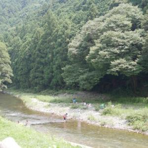 槻川で川遊び!