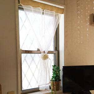 ++キッチンの窓のカーテン*++
