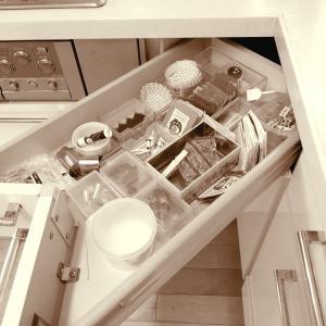 ++キッチン引き出しの掃除&整理整頓*++