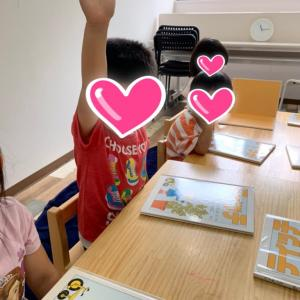 シーズ立川みらいのたね保育園での3歳児読書指導❤️❤️🍎