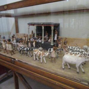 エジプト考古学博物館~畜牛の頭数調べの模型~
