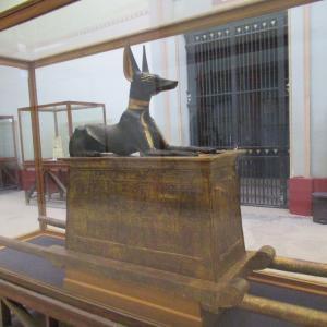エジプト考古学博物館~アヌビス像を全方面から撮ってみた~