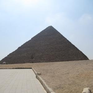 ギザ・クフのピラミッドに約15年ぶりに入ってみた