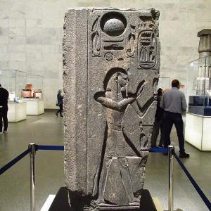 文明博物館~マアト像を手にしたラメセス3世のレリーフ~