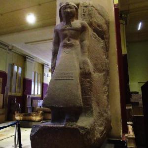 エジプト考古学博物館~1階通路のお宝遺物達~