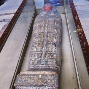 エジプト考古学博物館~落ち着いた色彩の美しい棺~