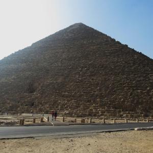ギザのピラミッド~クフのピラミッドに残る建設作業時の跡~