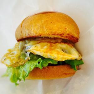 Eggs 'n Things 梅田茶屋町店