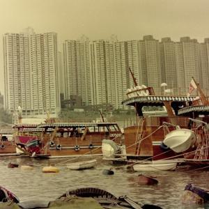 昔の香港 ボートにて・・・