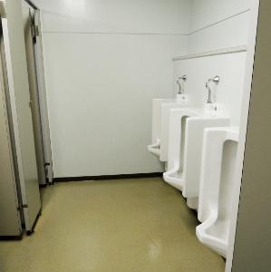 最近の男性用トイレ・・・