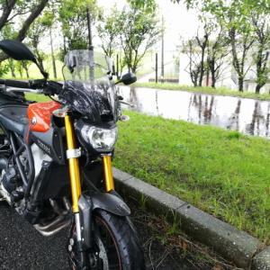 バイクで打たれる雨のビート、それはジャズだ!