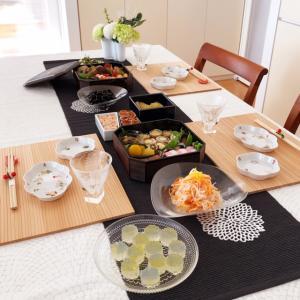 新春の食卓 & ユニクロの半額セール!!