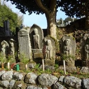 当尾の石仏(10)「千日墓地の石仏」