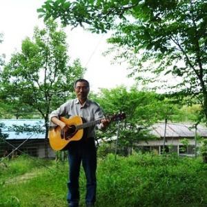 林間のギター練習