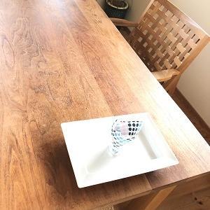 テーブルの重鎮