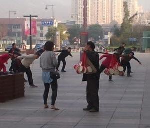 中国人生態研究:踊る中国人の巻(Thriller_Michael Jackson)