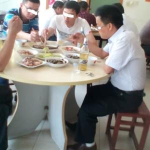 緊急特集:中国人の飯の食い方に注意しろ!の巻
