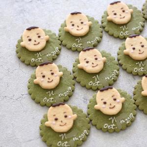 兵庫県からのご依頼【ご子息誕生の内祝い】にお顔クッキーをお入れして♪