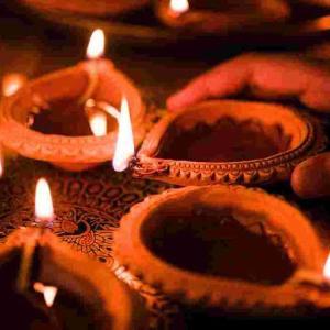インドのお正月?Diwaliを祝う!我が家のキャンドル大活躍!