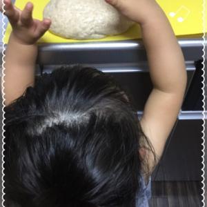 娘と一緒にパン作り♪アンパンマンを作ったら…