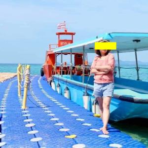 """やはり国境付近は楽しい♪Koh ChangのLonely Beachは、""""ロンリー""""ではない話"""