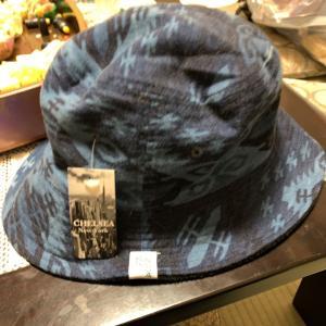 お通や&帽子を買う。