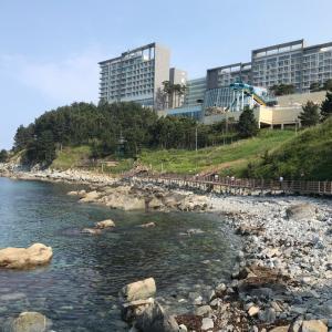 束草(ソクチョ)ウェオンチ港は美しく貴重な光景です